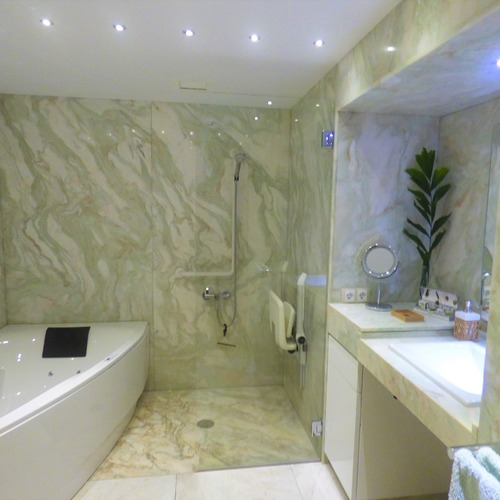 Macronesian EcoSuite Cave Bathroom with Jacuzzi Bath