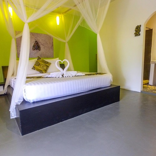 Green Leaf Double Rooms