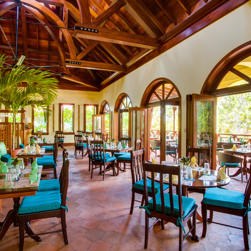 Hamanasi Adventure & Dive Resort Restaurant