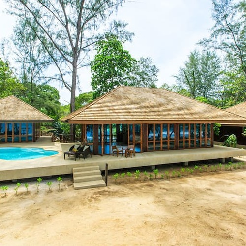 Koh Jum Beach Villas 3 Bed Beach Pool Villa Bann Wajda